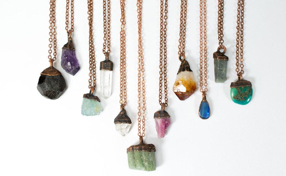 Etsy магазин пример успешных продаж бижутерии с натуральными камнями - изделия