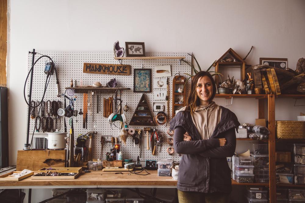 Etsy магазин пример успешных продаж бижутерии с натуральными камнями - собственник магазина